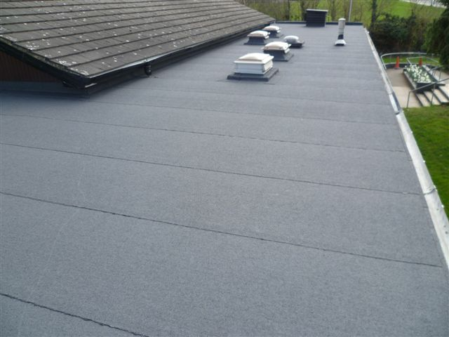 services/felt-flat-roofing.JPG